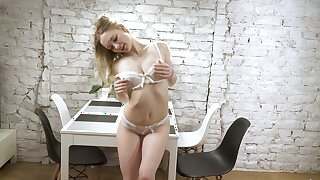 Closeup homemade film over of Sophie fingering their way orgasmic pussy