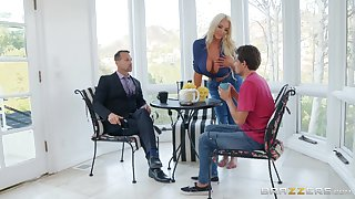 MILF blonde whore Nicolette Shea bounces on a big fat dick hardcore