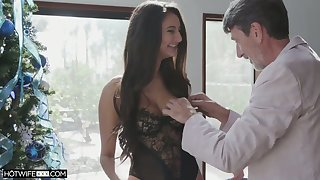 Leggy sexy babe Eliza Ibarra takes dick deep into her wet pussy for doggy