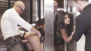 Duplicitous GIRLFRIEND cuckold with regard to say no to humungous-dicked chief in an elevator